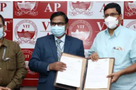 VIT-AP School of Business inks MoU with Master Minds, AKS IAS Academy