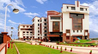 LBSIM Delhi PGDM Admissions 2021. Fees, seats and placement