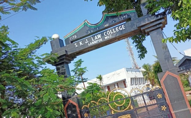 Law Colleges in India-min